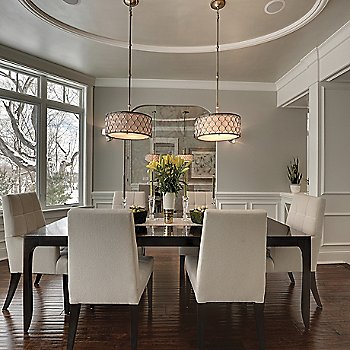 Burnished Silver finish / Cream shade / in use