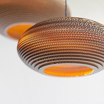 Natural finish / illuminated / in use