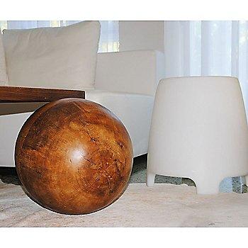 Stoolia LED Stool / in use