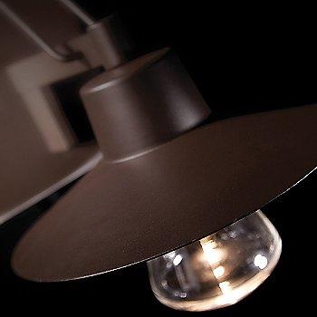 Bronze finish, illuminated / Detail view