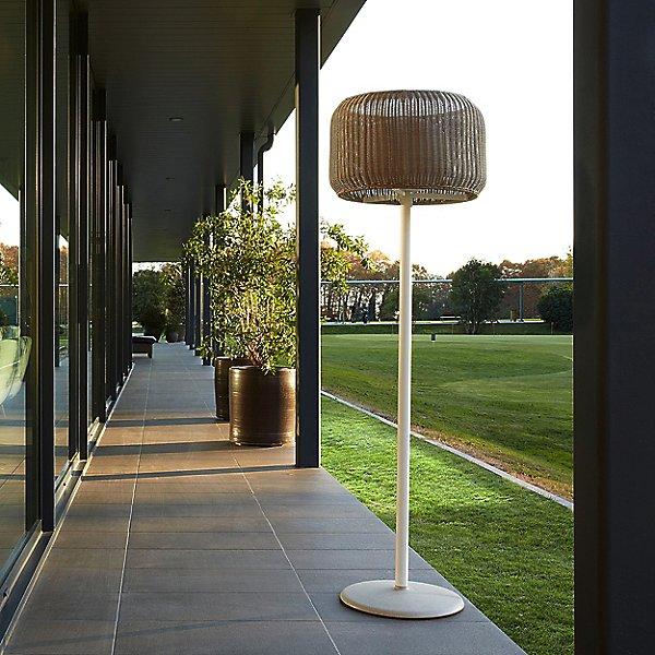 Fora Outdoor Floor Lamp