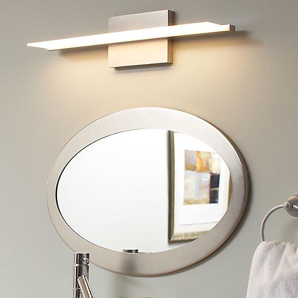 Span Vanity Light