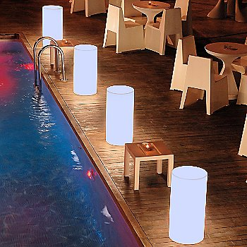 Paris LED Stool / in use