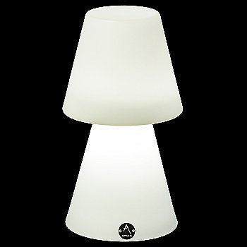 Ela XS LED Table Lamp, in use
